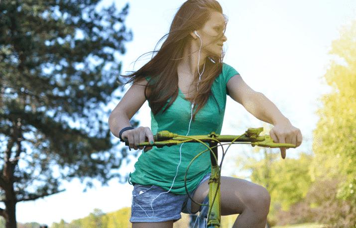 Musik hören auf dem Fahrrad