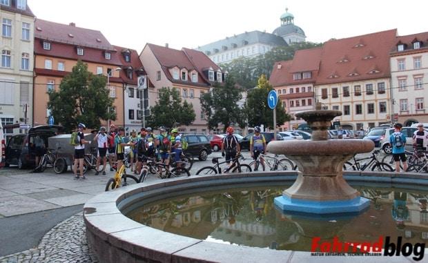 Weißenfels Marktplatz kurz vor 8 Uhr