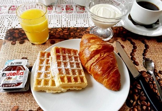 Frühstück in der Pension Sonnenkanzel