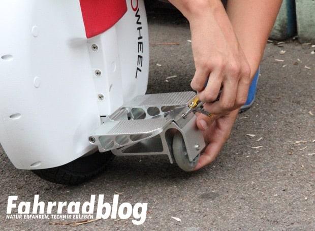 Monowheel Stützräder anbauen