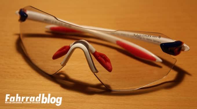 Schwenk- und drehbare Nasenflügel an der Alpina Brille
