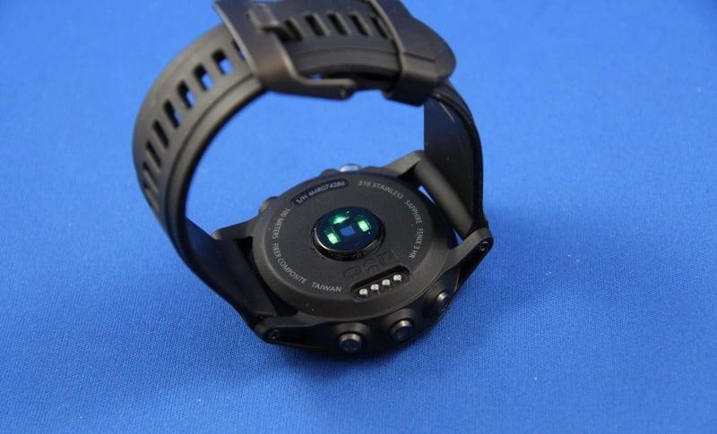 Fenix 3 Unterseite mit HF Sensor