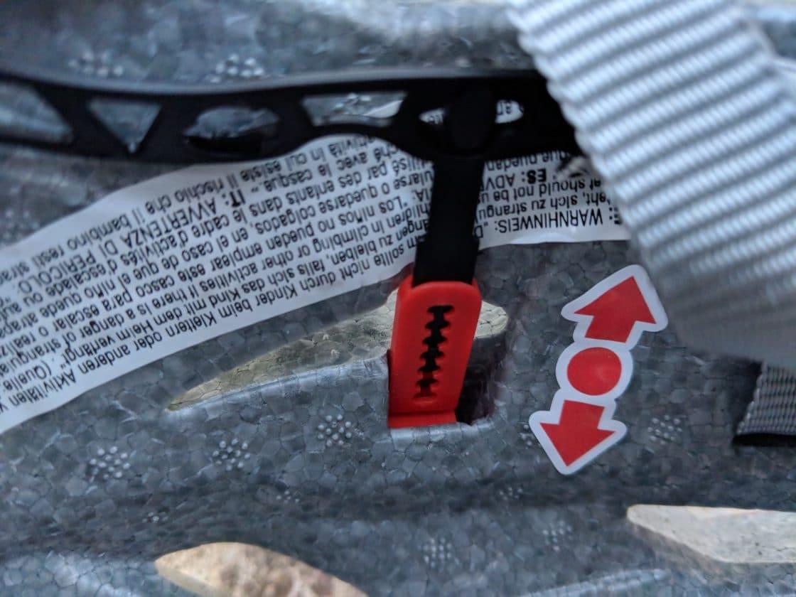 uvex Helm in der Höhe verstellbar